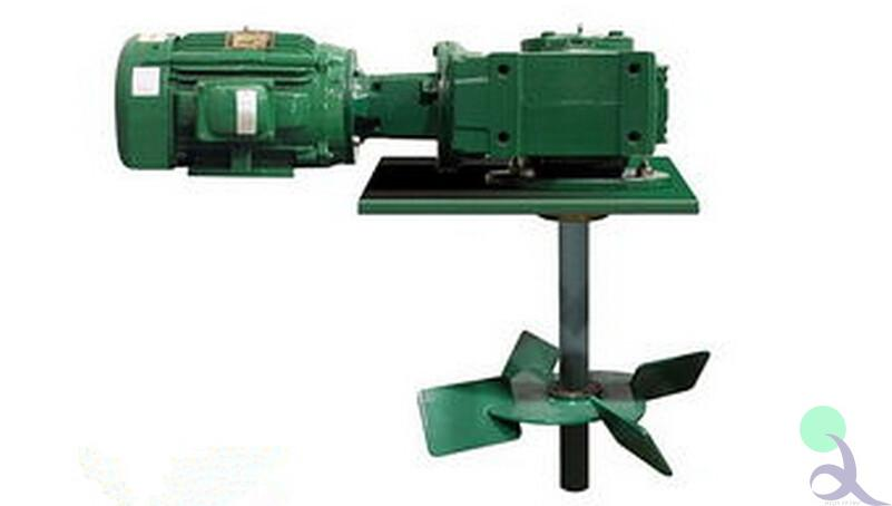 Mud agitator with motor for solids control system
